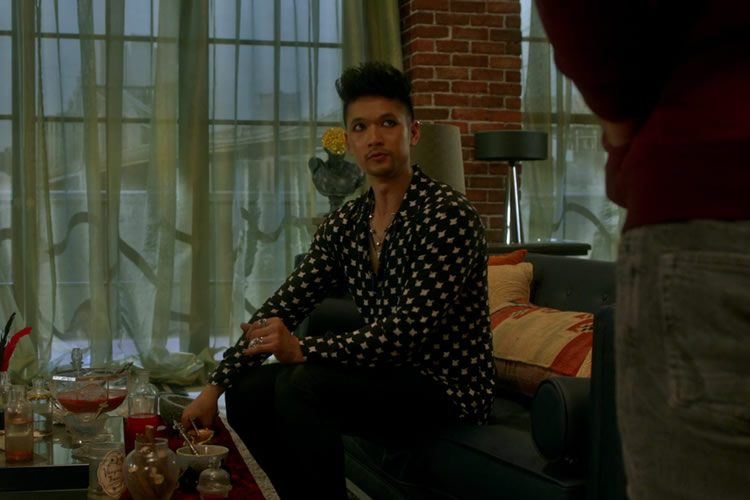 shadowhunters 2x02 magnus