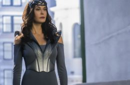teri hatcher en supergirl