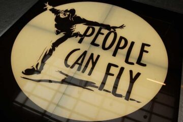 colaboración entre Square Enix y People Can Fly
