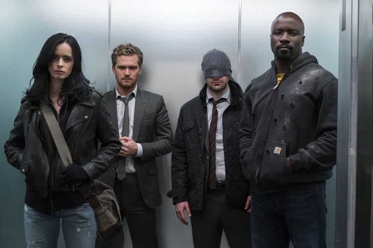 avance de the defenders ascensor