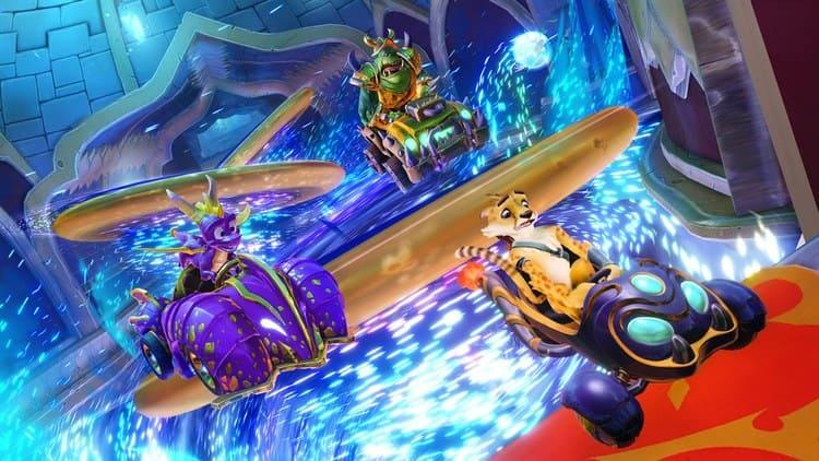 Spyro en Crash Team Racing: Nitro Fueled