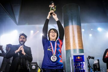 El grande GO1 gana el torneo Dragon Ball FighterZ World Tour París
